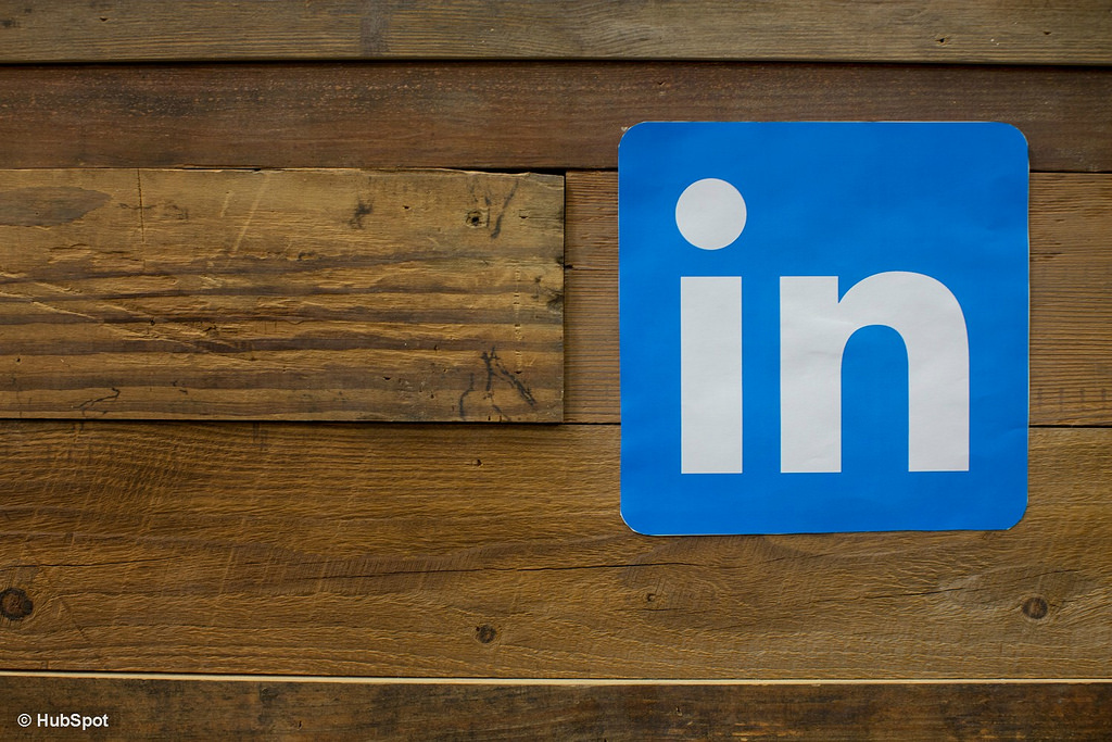 5 tips for your organisation's LinkedIn strategy.